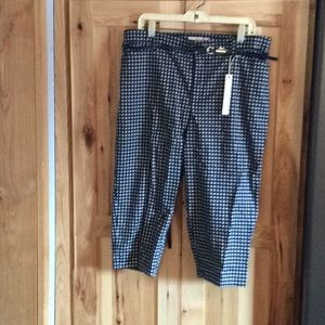 Pants - Gloria Vanderbilt Capris
